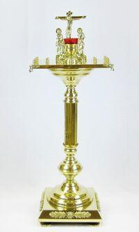 Крышка панихидного стола на 20 свечей на подставке, с квадратным основанием