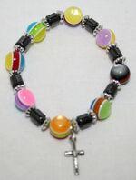 Браслет (59) цветные шарики, с гематитовыми вставками и крестом